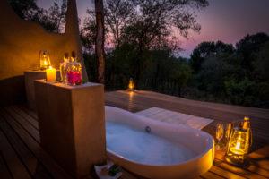 Garonga bush bath, Makalali, South Africa