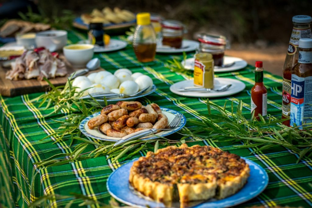 Bush Breakfast at Garonga Safari Camp