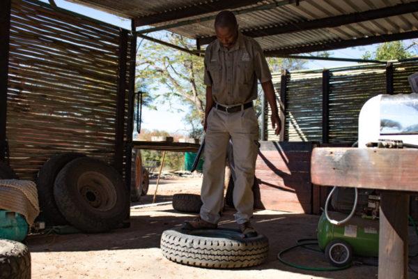 Tyre Fix, Maintenance, Luxury Safari